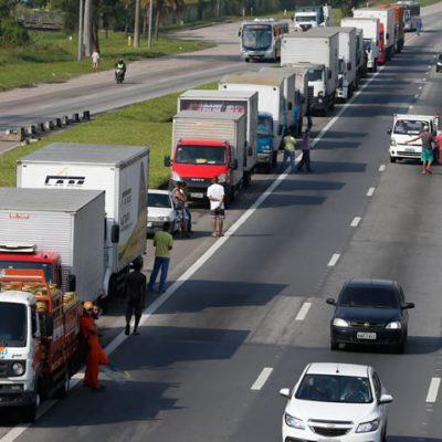 Programa prevê informatização e redução da burocracia no transporte rodoviário de cargas / Foto: Tânia Rêgo - Agência Brasil